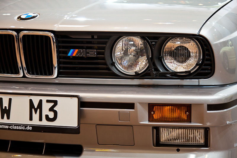 BMW M3, Scheinwerfer, M-Symbol im Kühlergrill, BMW-Niere