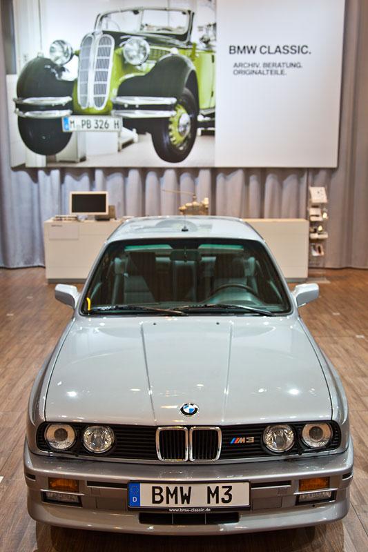 BMW M3, Baujahr 1987, 4-Zylinder-Reihenmotor, 195 PS