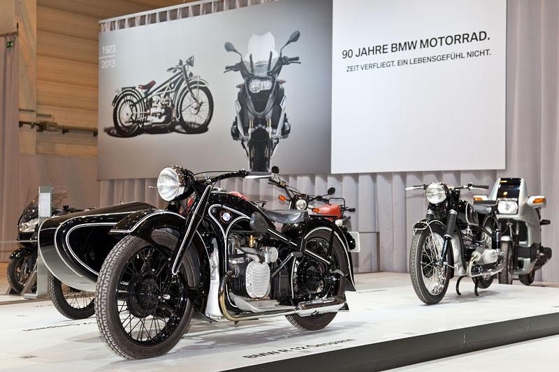 BMW Group Messestand auf der Techno Classica 2013 in Essen: 90 Jahre BMW Motorrad