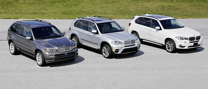 15 Jahre BMW X Modelle: Drei Generationen BMW X5. Von links: Modell E53, Modell E70 und Modell F15