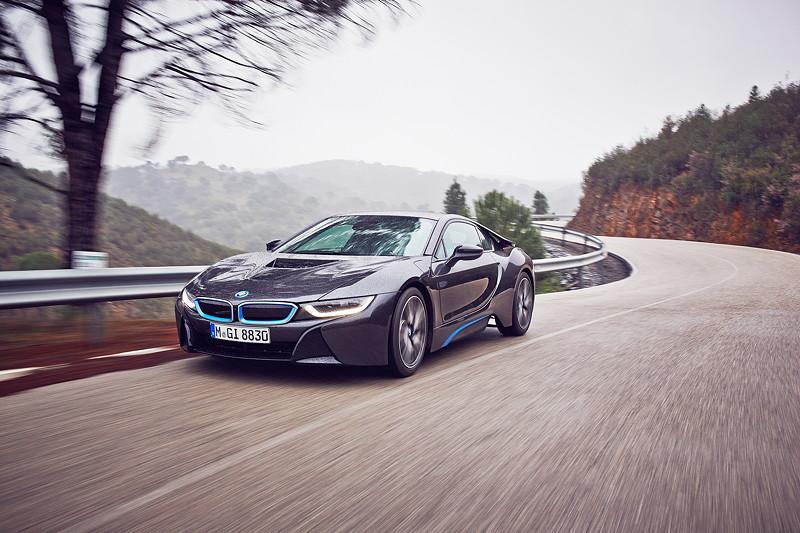 BMW i8 (Modell I12)
