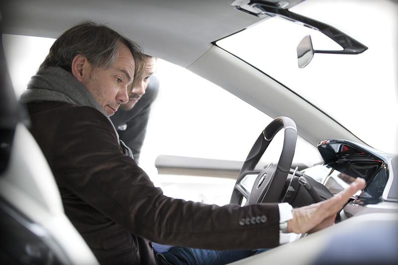 BMW Vision Future Luxury. Adrian van Hooydonk: 'Mit dem BMW Vision Future Luxury entwickeln wir unser Verständnis von modernem Luxus konsequent weiter.'