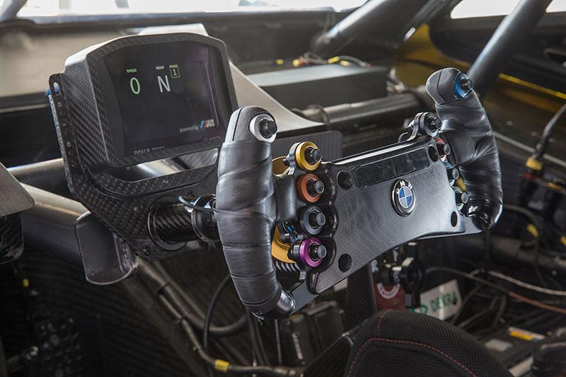 BMW M Performance Zubehör M4 DTM.