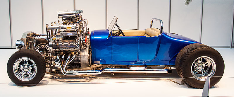 Double Trouble in der Galeria, Essen Motor Show 2014