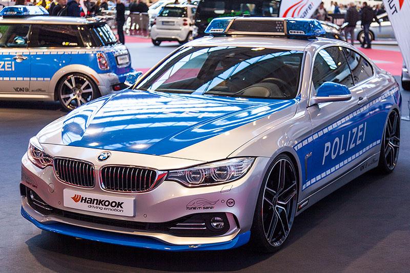 BMW 4er Coupé Polizeiauto by AC Schnitzer auf der Essen Motor Show 2014