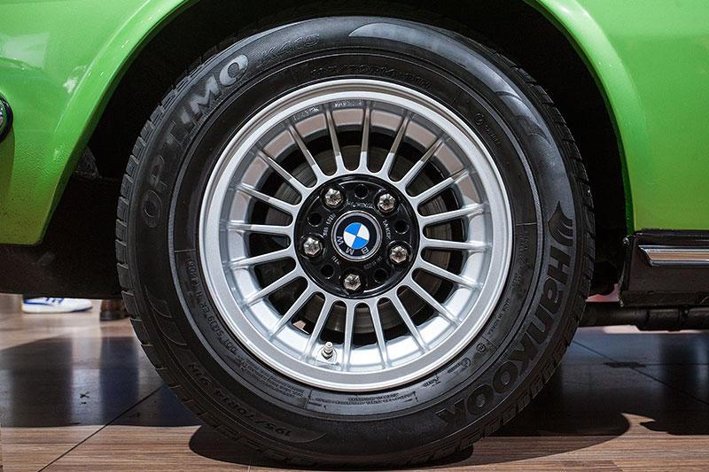 BMW 2.5 CS, Rad