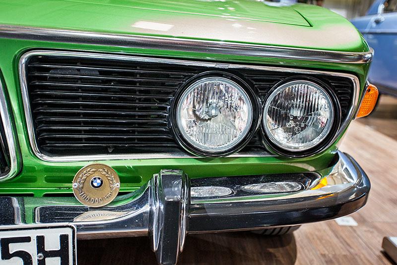 BMW 2.5 CS, Scheinwerfer