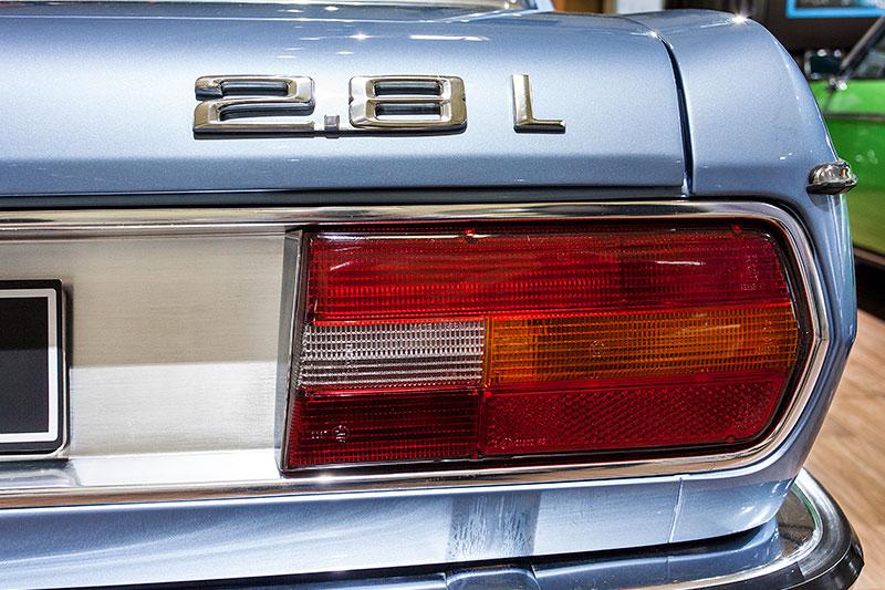 BMW 2.8 L, Typbezeichnung auf der Heckklappe