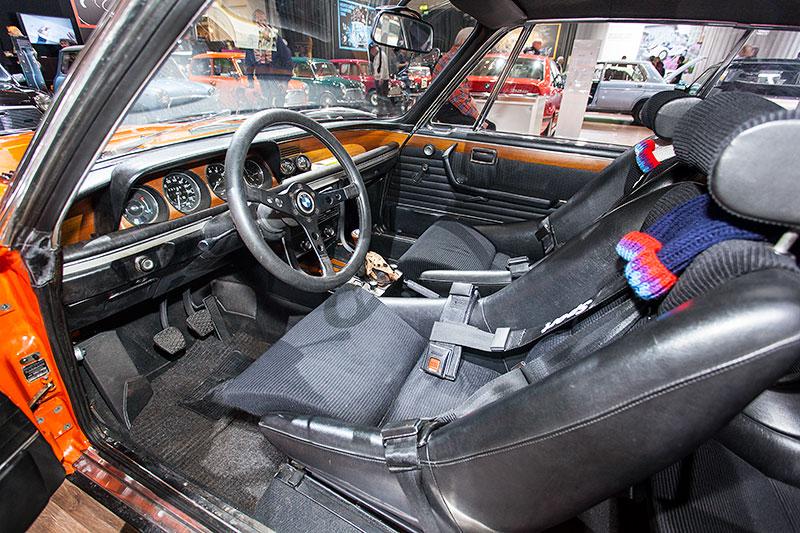BMW 3.0 CSL, Interieur mit Sportsitzen