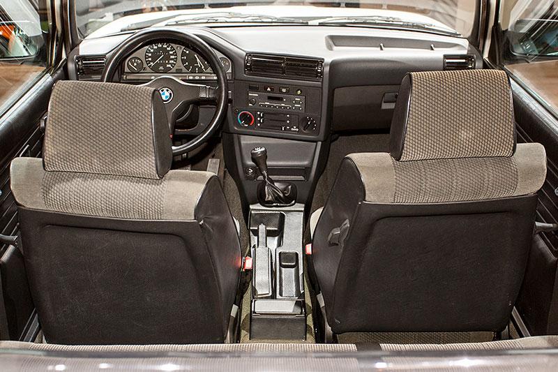 BMW 318i Baur Topcabriolet, Interieur
