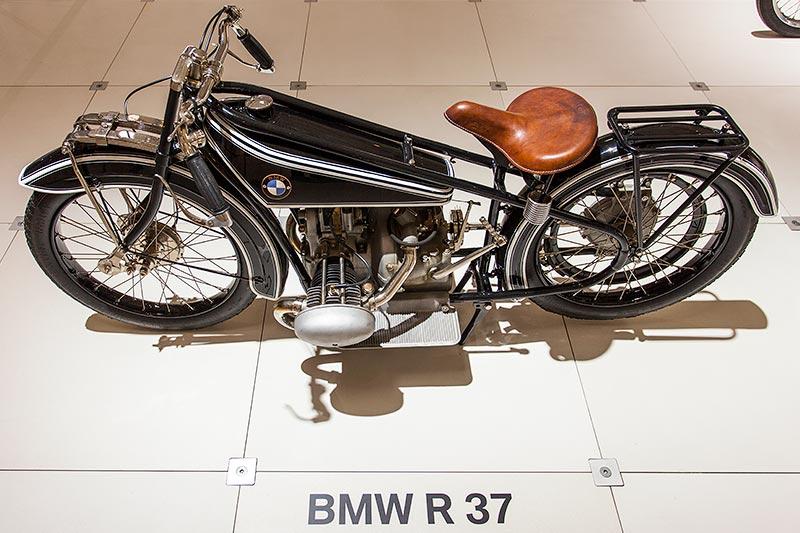 BMW R37