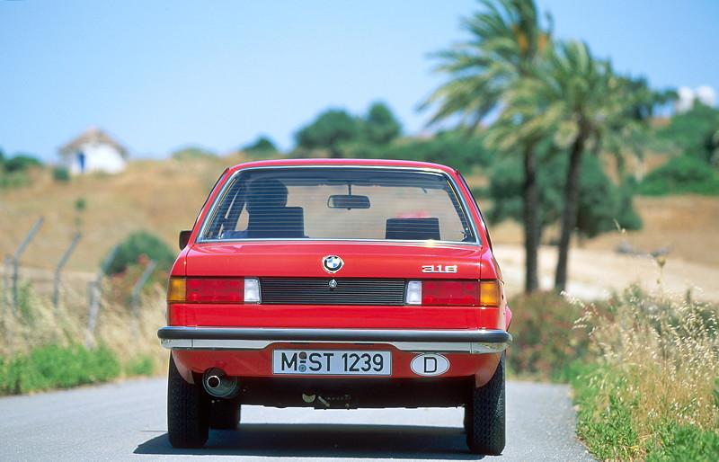 40 Jahre BMW 3er Reihe, Baureihe E21, Produktion 1975-1982