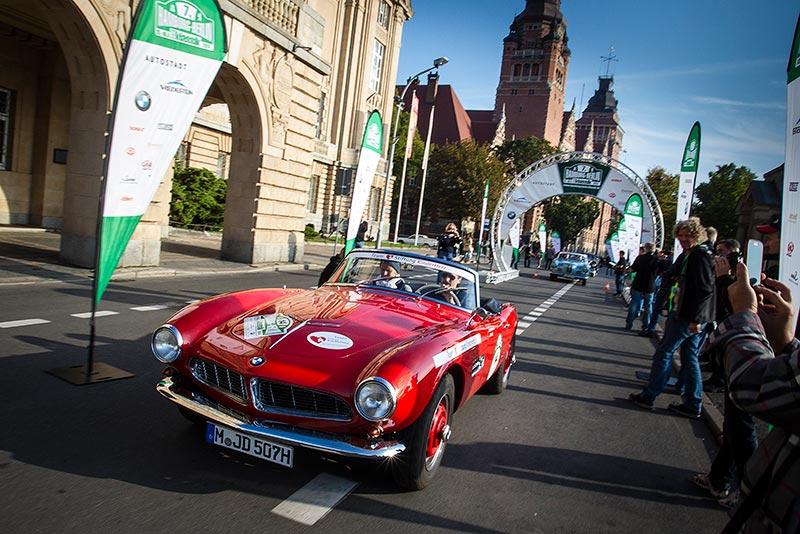 BMW Group Classic auf der Rallye Hamburg-Berlin 2014, BMW 507, Team Stiftung Kinderherz