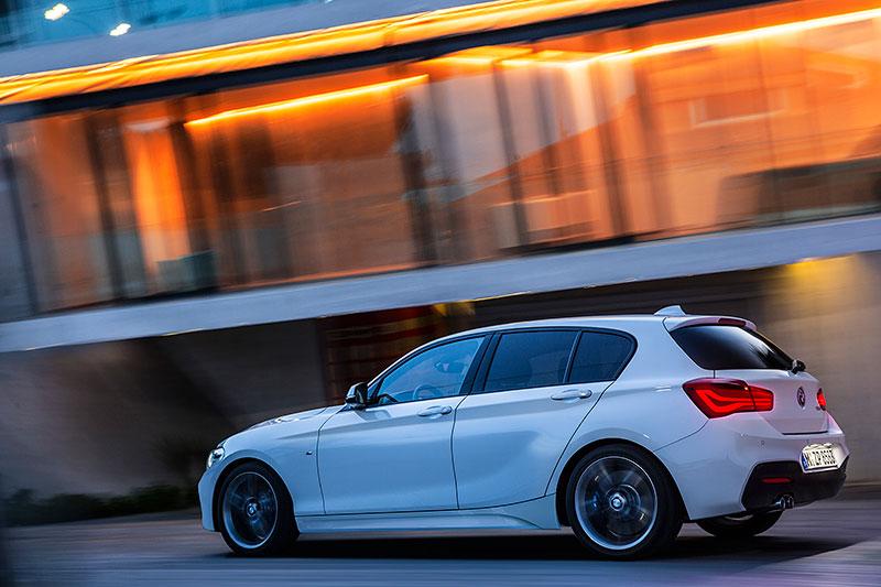 Foto: BMW 1er, Modell Advantage, 3-Türer, Facelift 2015 ...