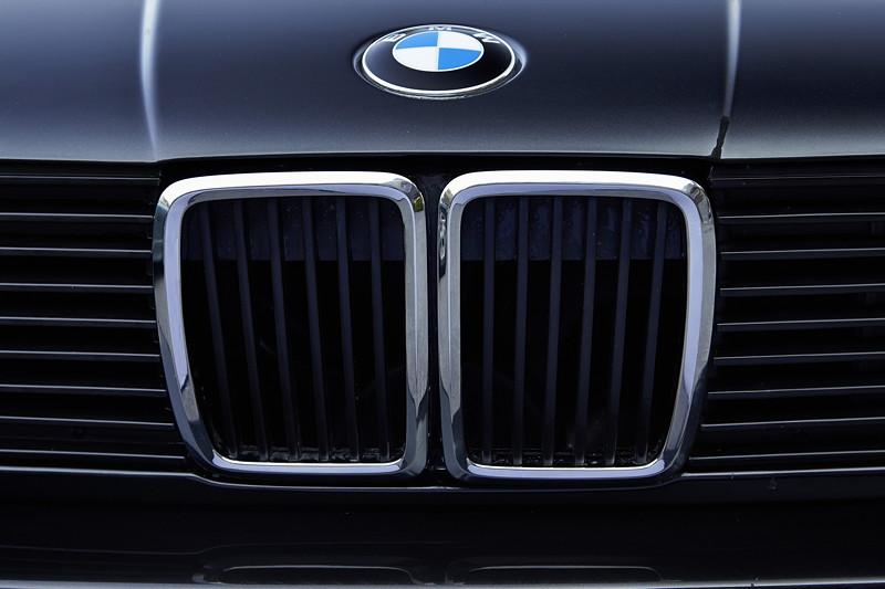 BMW 320is, Modell E30, BMW Niere