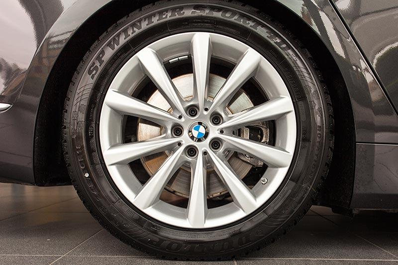 BMW 730d, 20 Zoll LMR V-Speiche 628 BiColor MB/NLE Rad