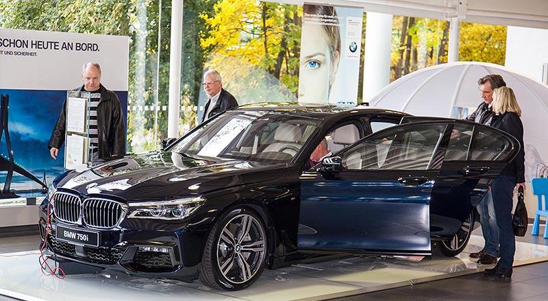 BMW 7er Premiere im BMW Handel, hier am 24.10.2015 in Dortmund