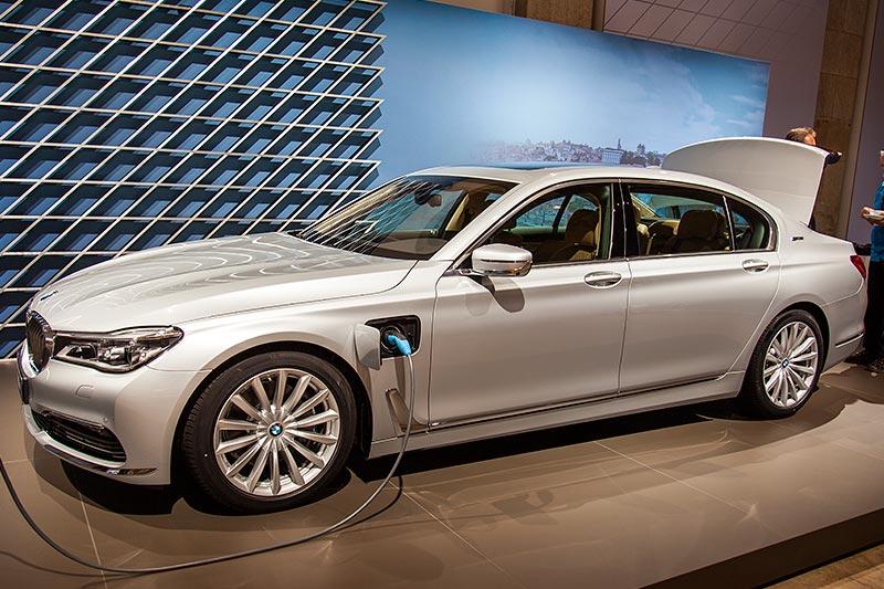 BMW 740Le mit PlugIn-Hybrid