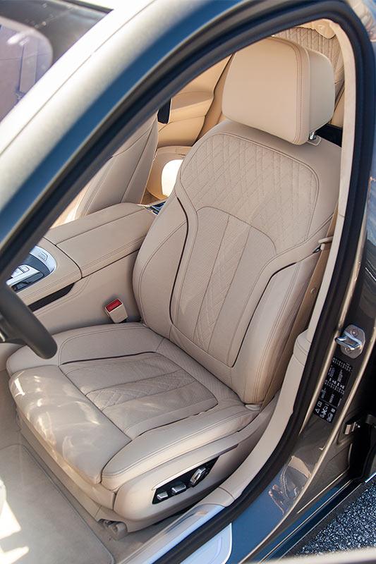 BMW 750Li xDrive, Fahrersitz