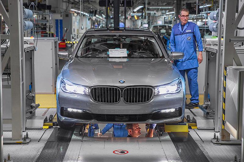 BMW 7er Produktion im Werk Dingolfing, Rollenprüfstand