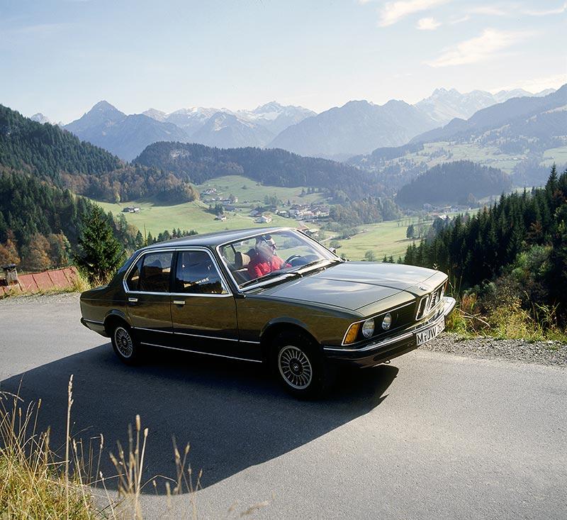 BMW 7er, 1. Generation: Modell E23