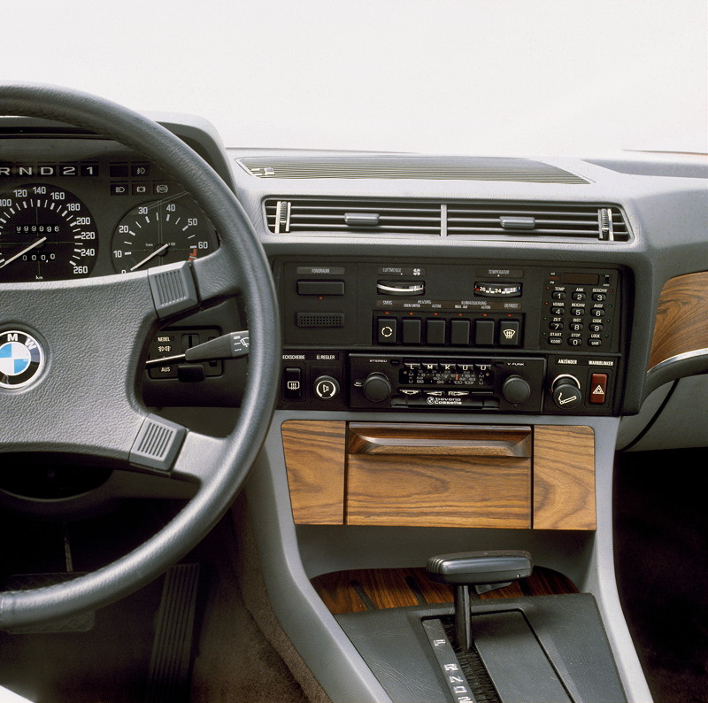 BMW 7er, 1. Generation: Modell E23, Interieur
