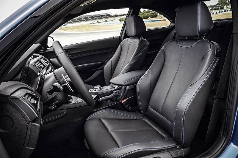 BMW M2, Interieur