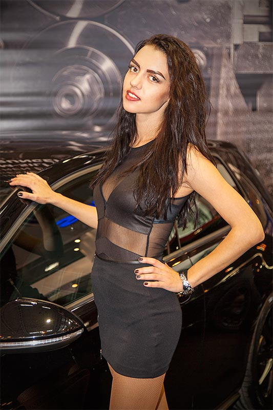 Essen Motor Show 2015: Messe-Girl