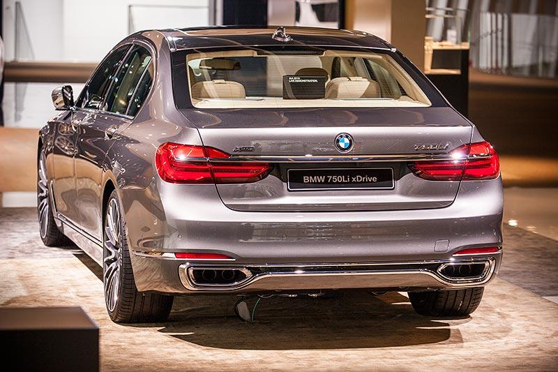 BMW 750Li xDrive mit Pure Excellence Exterieur Paket
