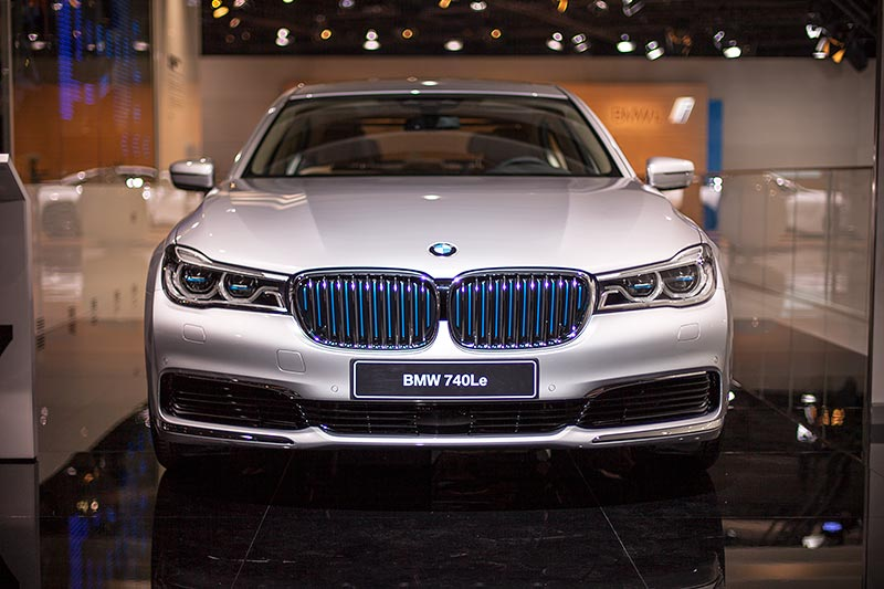 BMW 740Le mit PlugIn-Hybrid, BMW Messestand, IAA 2015