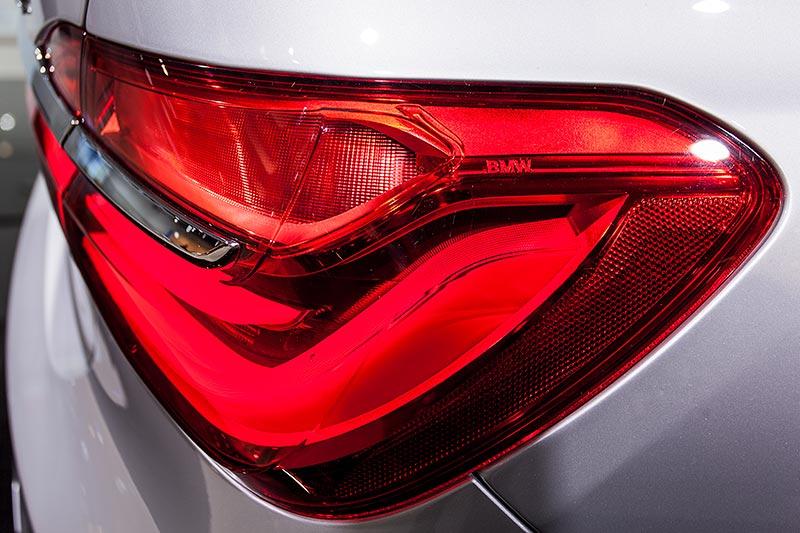 BMW 740Le mit PlugIn-Hybrid, Rücklicht mit 3D Elementen