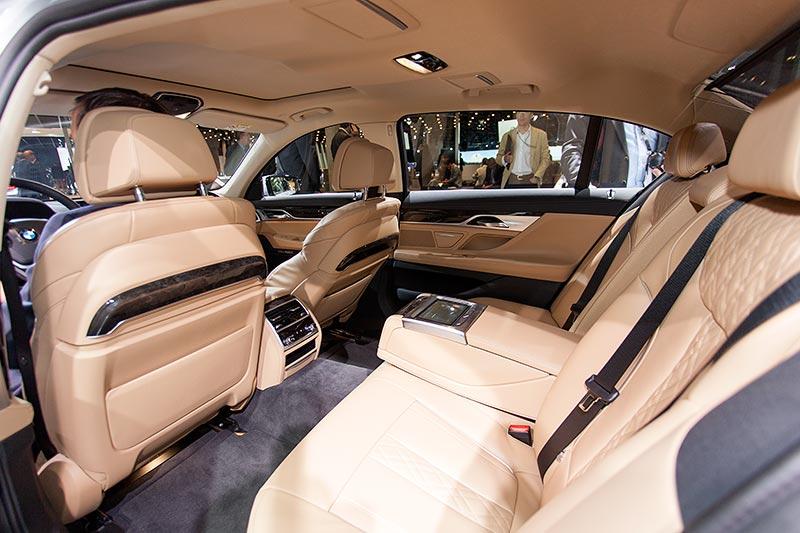BMW 740Le mit PlugIn-Hybrid, Innenraum, Fond