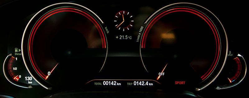 BMW 730d xDrive mit M Sportpaket, multifunktionales Instrumentendisplay