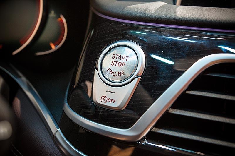 BMW 730d xDrive mit M Sportpaket, Start-Stop-Knopf