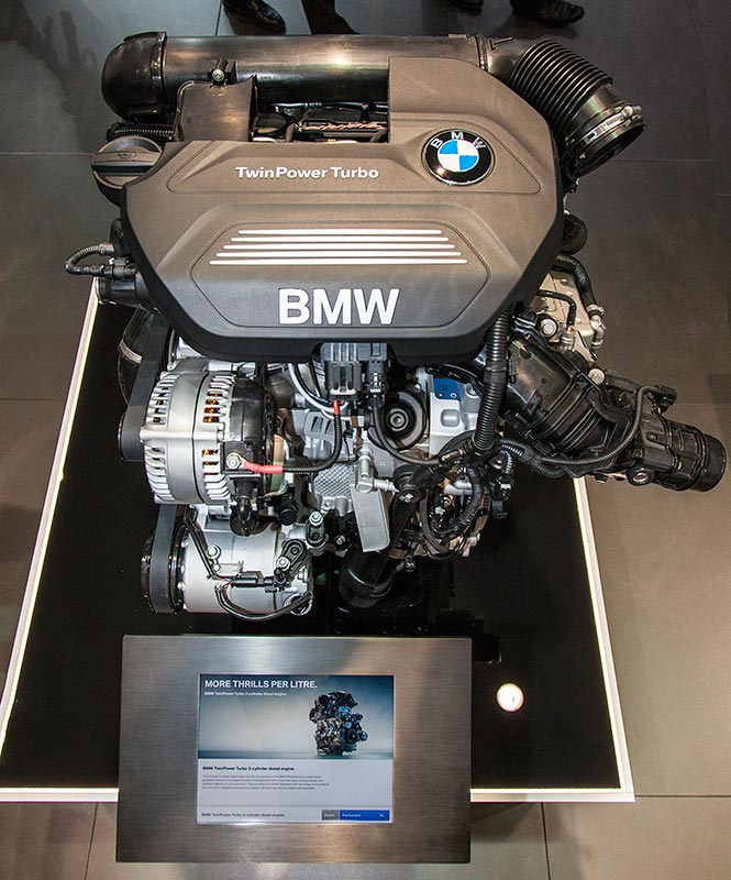 IAA 2015: BMW TwinPower Turbo 3-Zylinder Motor