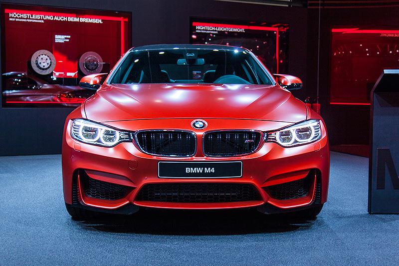 BMW M4 auf der IAA 2015