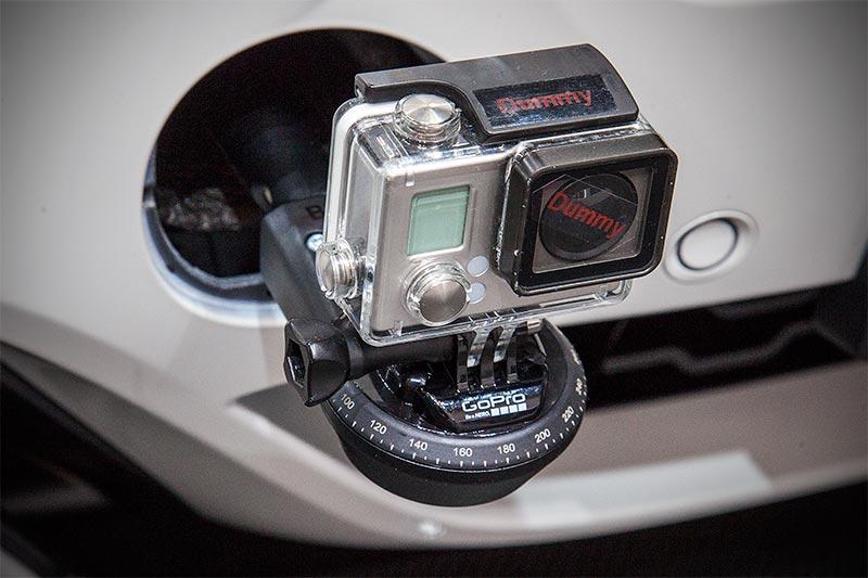 BMW X6 xDrive35i mit BMW M Performance GoPro Kamera Halterung