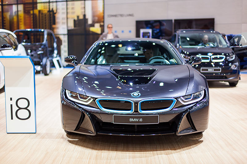 BMW auf der IAA 2015: BMW i8 mit PlugIn-Hybrid