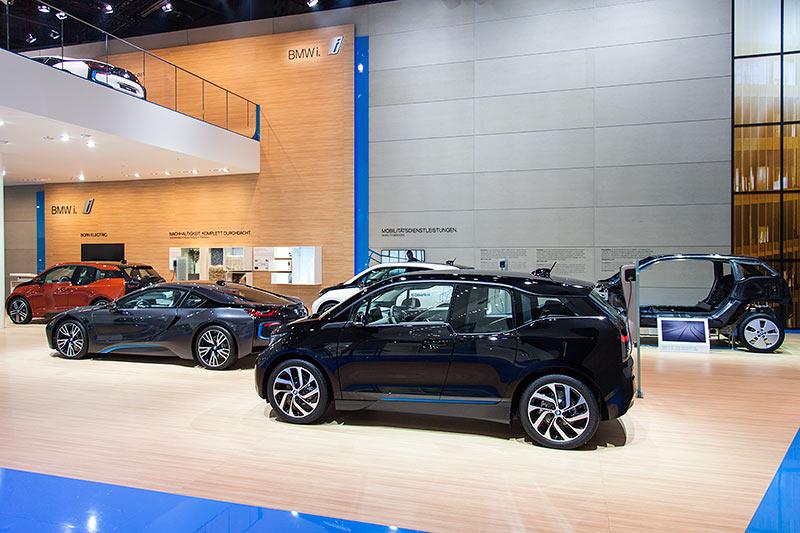 BMW auf der IAA 2015: BMW i3, der erste rein elektrisch angetriebene Serien-BMW