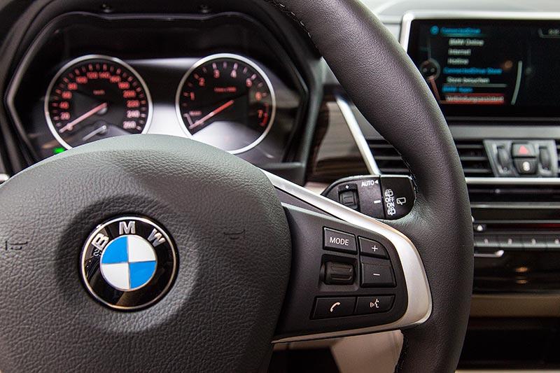 BMW 225xe Active Tourer, Cockpit
