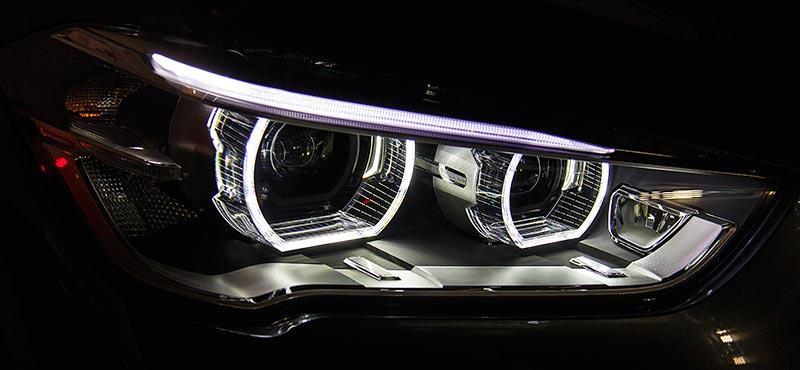 BMW X1, Scheinwerfer