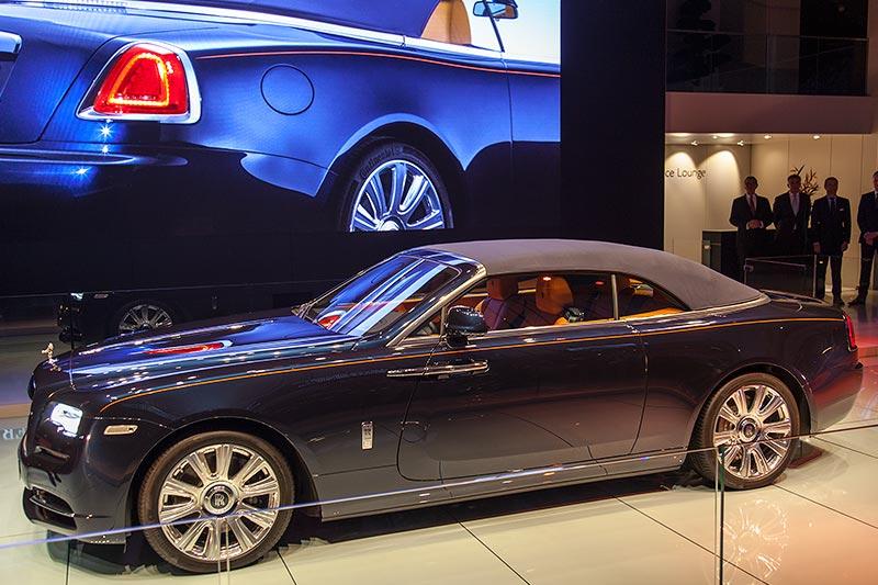 Rolls-Royce bei seiner Weltpremiere im geschlossenen Zustand
