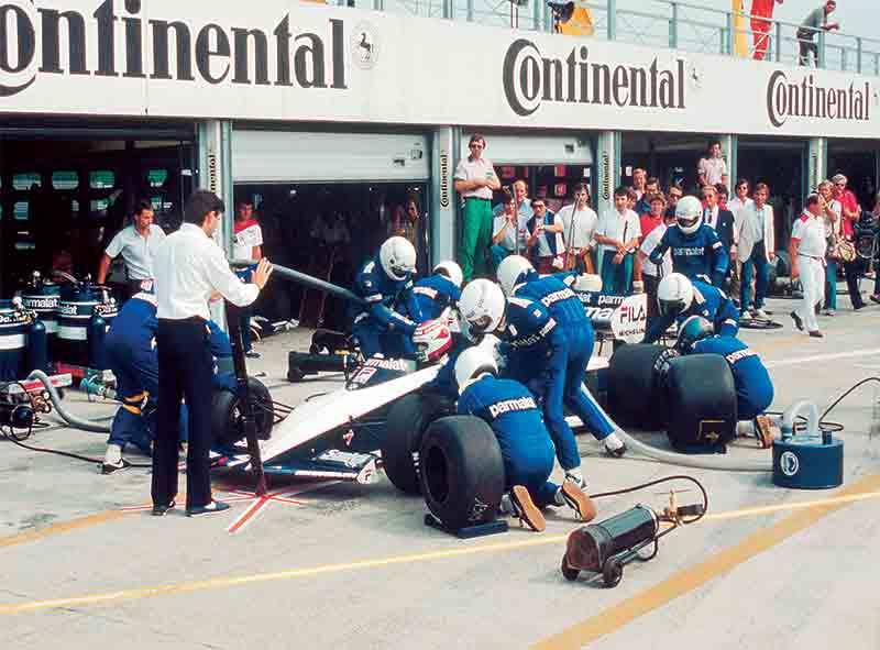 Boxenstop: Nelson Piquet im F1 Brabham BMW Turbo BT 52 - 1983