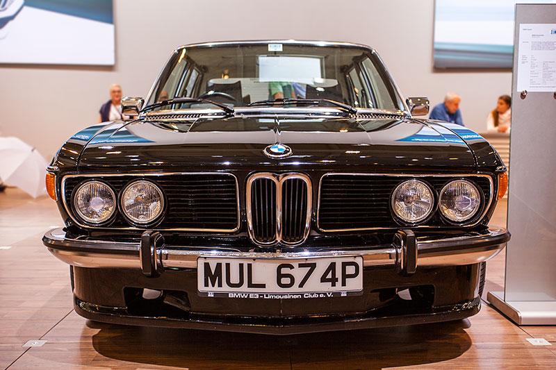 BMW 3.0 Si, Leergewicht: 1.420 kg