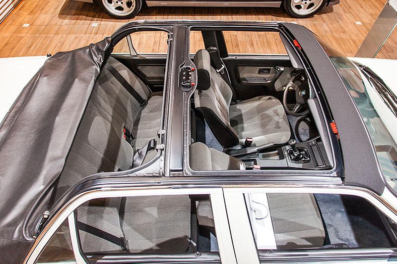 BMW 320i Baur Topcabriolet, Prototyp mit vier Türen