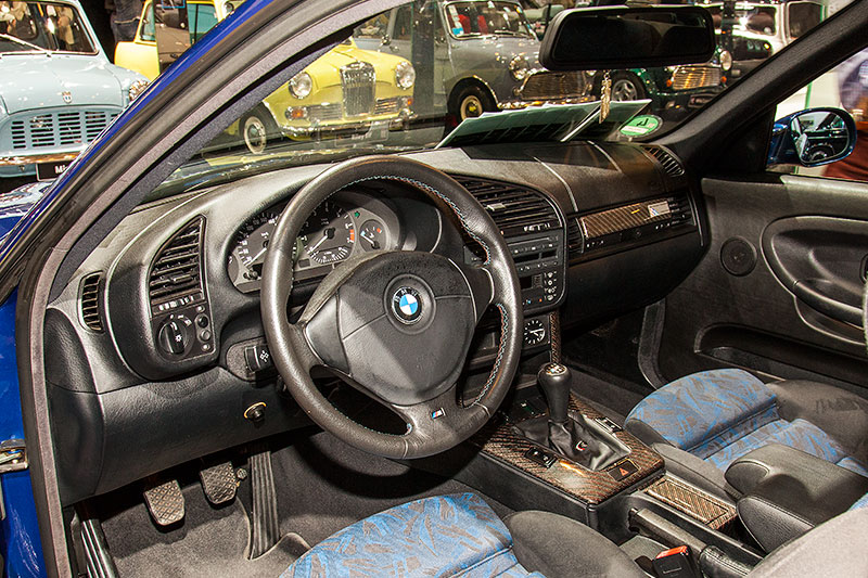 BMW 320i Clubsport, Interieur