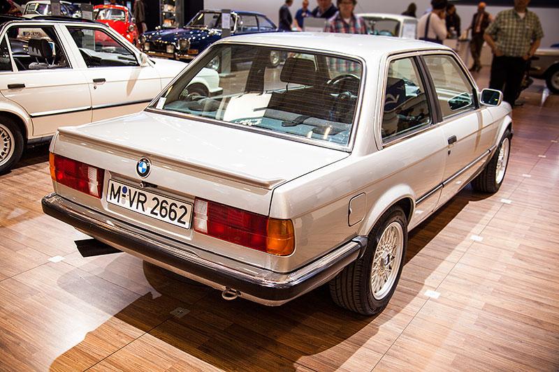 BMW 325e, ausgestellt vom BMW 3er Club (E21 und E30) e. V.