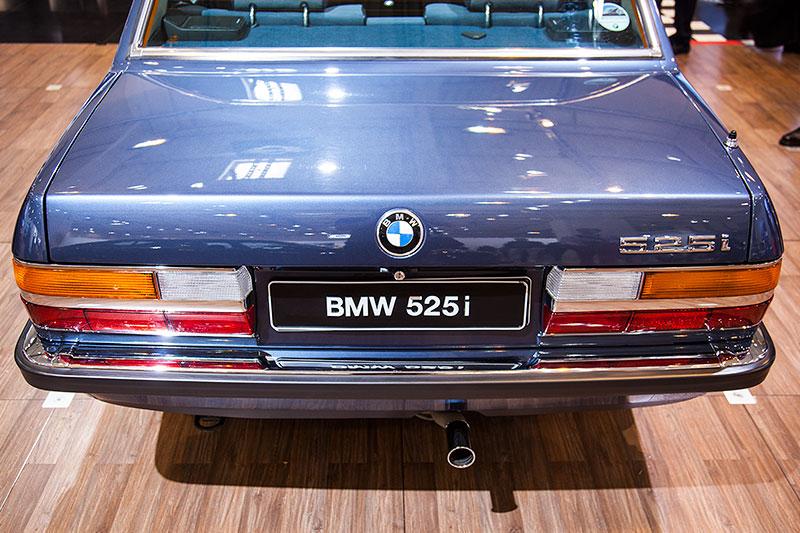 BMW 525i, ausgestellt von der BMW 5er E12 und E28 IG