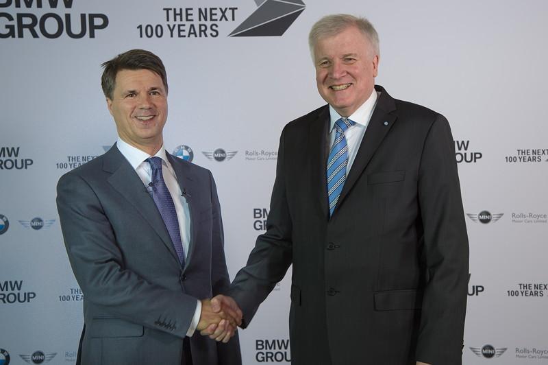 Harald Krüger, Vorsitzender des Vorstands der BMW AG und Horst Seehofer, Bayerischer Ministerpräsident.