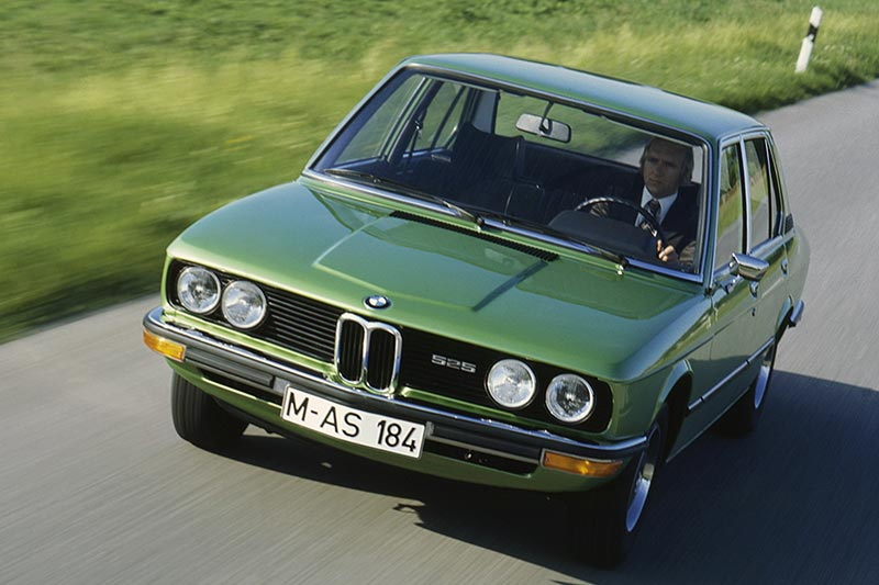 BMW 525 - erste BMW 5er-Generation (Modell E12)